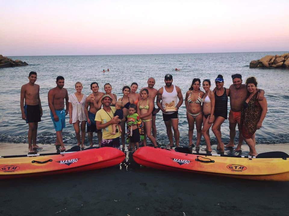 kayak-(2)